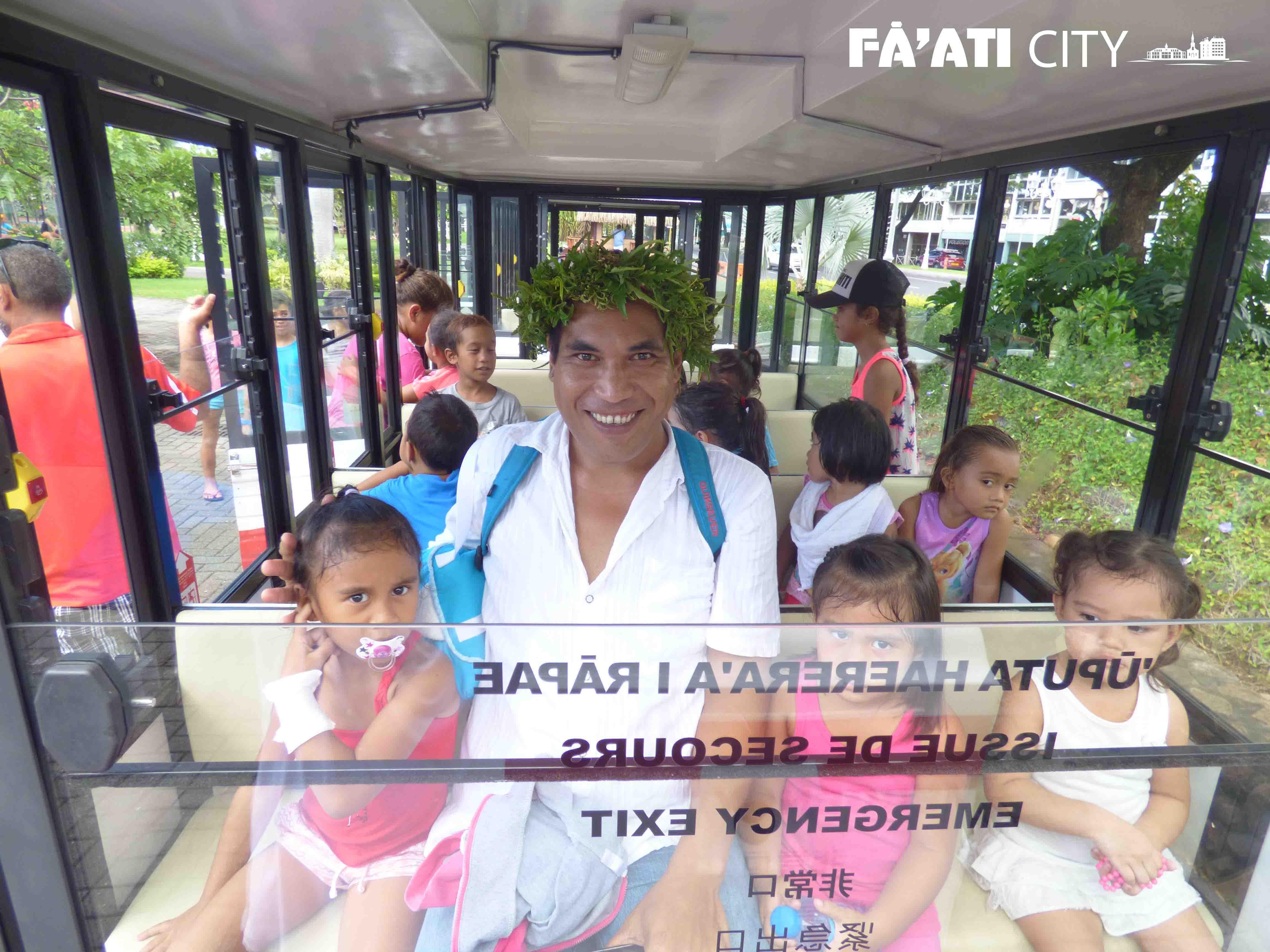 Tour privé de Papeete. Découverte de la ville pour les enfants.