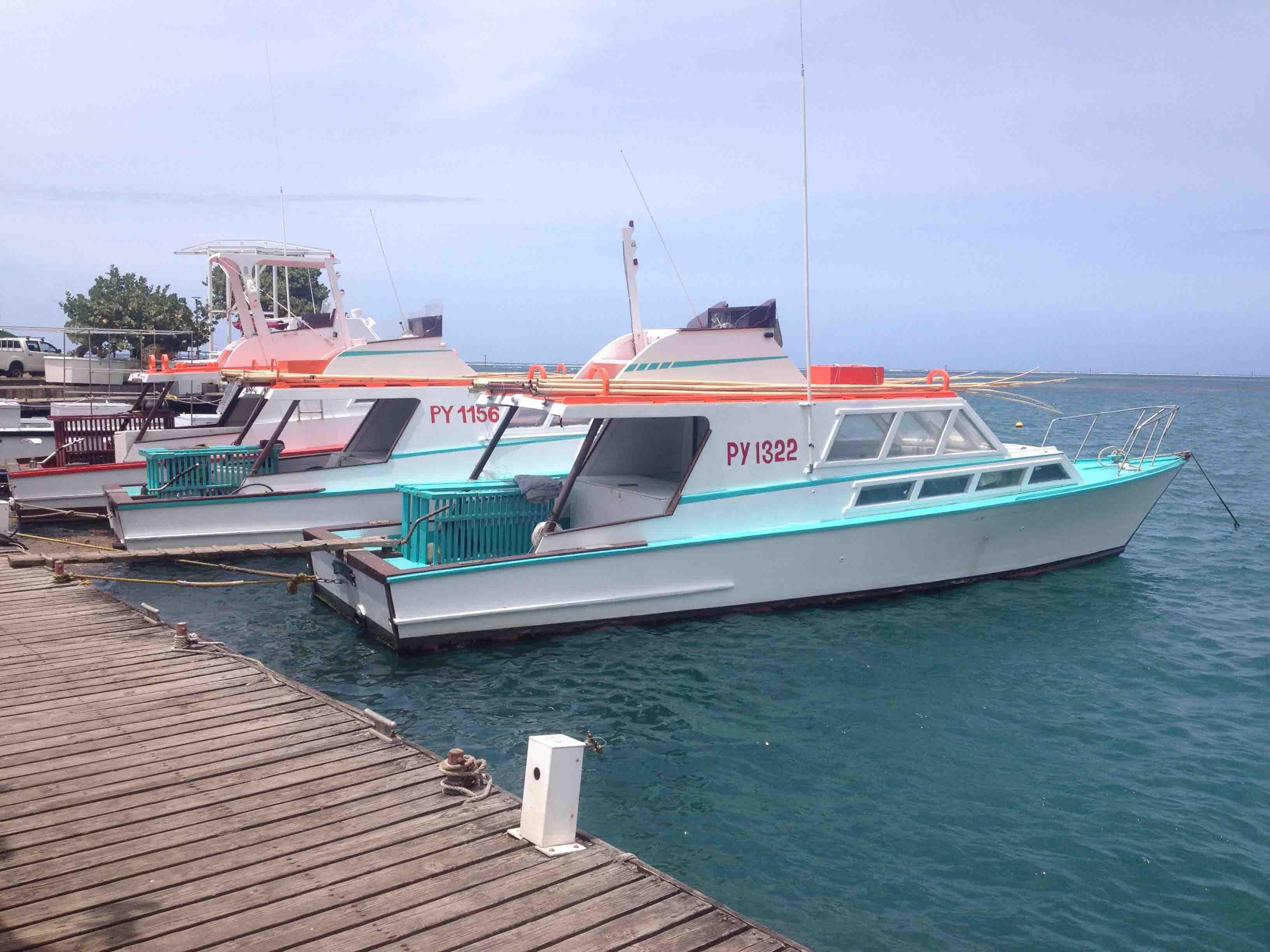 Excursion Papeete, le tour en petit train vous fait découvrir une partie de l'histoire de la pêche avec les potis marrera et les bonnitiers.