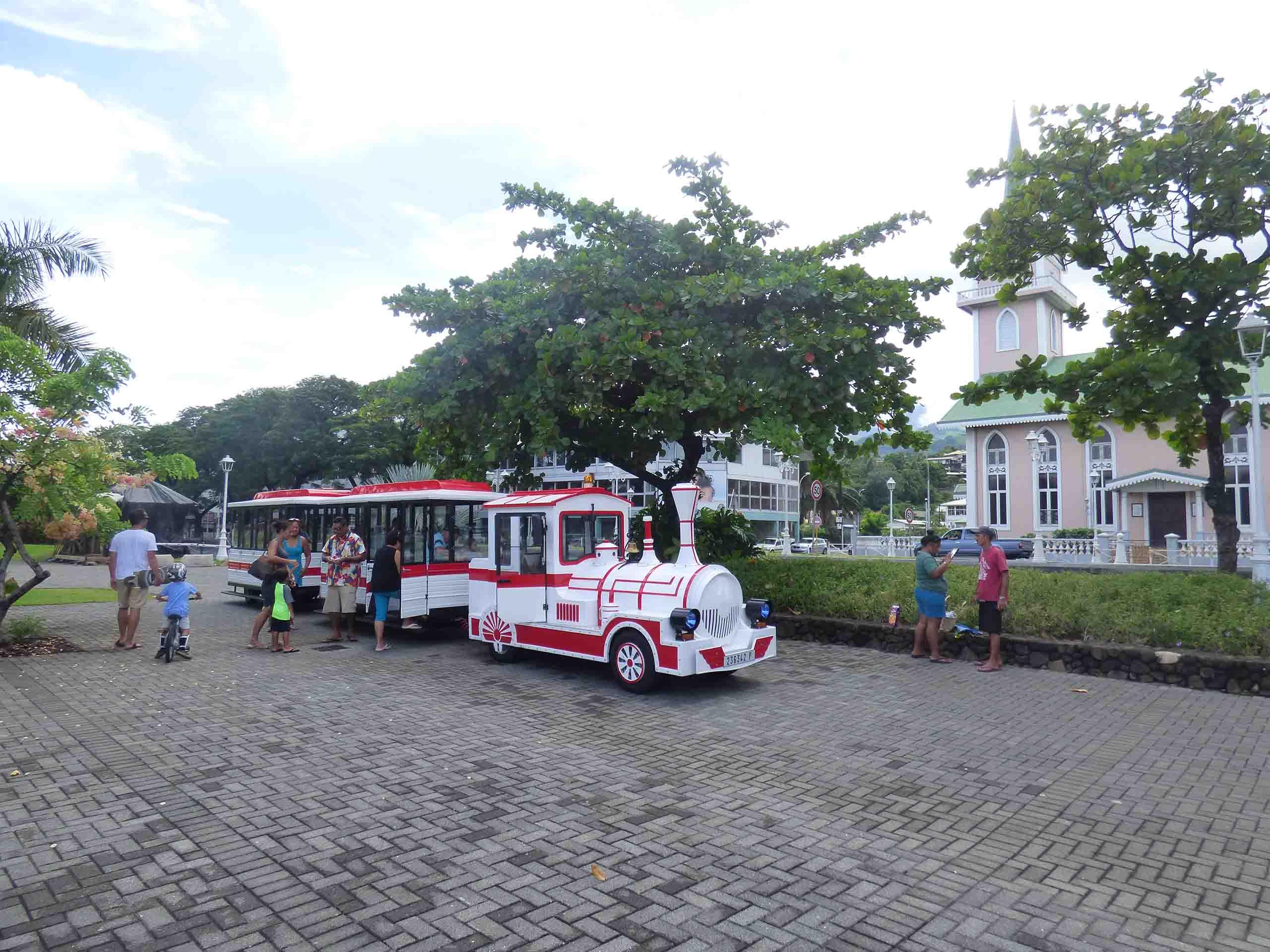 Excursion Papeete. Partez à la rencontre des histoires de Papeete.